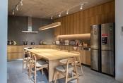 Ngôi nhà gạch mộc với nội thất tối giản ở Hà Nội