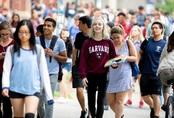 Du học sinh Việt có thể chỉ được ở lại Mỹ 2 năm