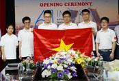 Lần đầu tiên học sinh lớp 10 đoạt huy chương vàng Olympic Toán quốc tế