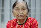 Cụ bà 101 tuổi ủng hộ 2 tấn gạo chống dịch