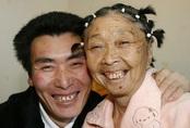 Phụ nữ hạnh phúc hơn khi yêu người kém tuổi