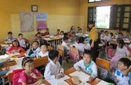 Thiếu sách giáo khoa: Tổ chức in gấp để phục vụ học sinh
