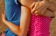 Có thai sau khi bị dính tinh trùng của bạn trai lên quần?