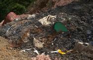 Vụ bắt giữ xe xả trộm chất thải ở Thái Nguyên: Nguồn bùn thải chở từ Bắc Giang là của công ty nào?
