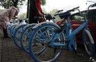 Phát hoảng chàng trai mất 60 USD cho 20 phút thuê xe đạp tại Trung Quốc