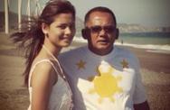 Hoa hậu Thế giới Philippines đau buồn khi bố tử vong tại đồn cảnh sát