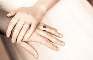 Sự thật về đám cưới với chồng giàu khiến cô dâu chết lặng