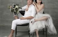 Nhã Phương và Trường Giang đi dép tổ ong chụp ảnh cưới