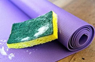 Cách làm sạch thảm tập Yoga nhanh và bền đẹp