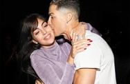 Danh thủ C. Ronaldo đưa bạn gái bao nhiêu tiền tiêu vặt mỗi tháng