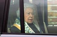 Thần thái bất thường của Nữ hoàng Anh sau khi vợ chồng cháu trai tuyên bố sốc