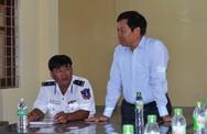Tổng cục trưởng TC DS-KHHGĐ thăm và tặng quà các chiến sĩ Cảnh sát biển Việt Nam
