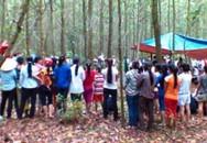 Học sinh lớp 9 thắt cổ chết bí ẩn trong vườn tràm