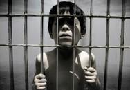 Phẫn nộ với cách bạo hành con của một số cha mẹ Việt