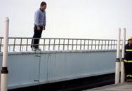 Nhảy lầu tự tử sau khi sát hại vợ con