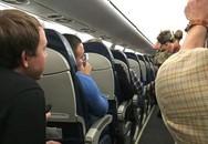 """Hy hữu, để lợn """"cưng"""" vào hành lý xách tay lên máy bay"""