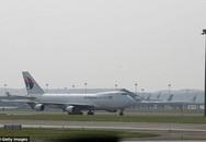 Malaysia Airlines: Máy bay phải hạ cánh khẩn cấp vì một phụ nữ trở dạ