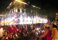 Không khí Giáng sinh đang rộn rã, người dân vui chơi ở đâu trên cả nước?