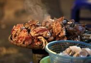 Vô vàn món ngon ở chợ đêm ẩm thực phố cổ Hà Nội