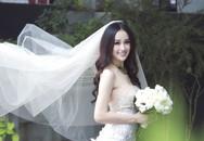 """Hoa hậu Mai Phương Thúy lên tiếng về """"tin đồn"""" đã lấy chồng"""