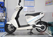 Cận cảnh xe máy điện đắt hơn Honda SH150