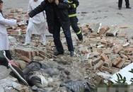 Sập tường trường học, 5 nữ sinh thiệt mạng