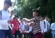 Xôn xao với clip nữ sinh Thủ đô đánh nhau kinh hoàng