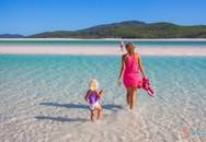 Gặp bố mẹ của hai cô con gái muốn con đi du lịch hơn là đi học