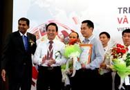 Trang trại Vinamilk nhận giải thưởng trang trại bò sữa xuất sắc nhất Việt Nam năm 2014