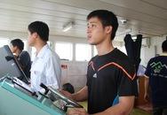 Giây phút trốn chạy cướp biển của 2 thuyền viên bị cướp tấn công