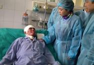 Bộ trưởng Bộ Y tế thăm chiến sỹ duy nhất sống sót vụ rơi trực thăng