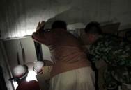 Kẹt trong thang máy, 2 nữ tu sống sót nhờ uống nước tiểu