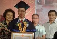 Nam sinh thủ khoa tốt nghiệp trường ĐH 'vương quốc nữ nhi'