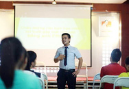 Thầy giáo 9X vay tiền dạy tiếng Anh miễn phí cho sinh viên