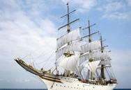Bài trí hình thuyền buồm giúp doanh nhân may mắn