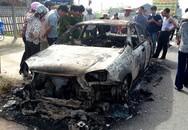Khách quậy phá, châm lửa đốt xế hộp của chủ xe