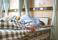 Học sinh lớp 4 đánh cô giáo đến nhập viện