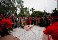 Khi lễ hội bị vấp phải sự phản đối của cả nghìn người, ai sai ai đúng?