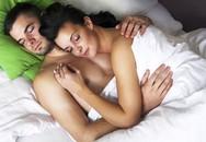 Lợi ích bất ngờ khi ngủ 'nude' cùng 'đối tác'
