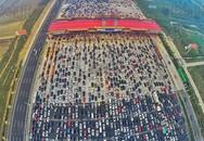 Cảnh tắc đường khủng khiếp sau kỳ nghỉ lễ quốc khánh ở Bắc Kinh