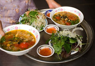Những khu chợ đồ ăn vặt nức tiếng Hà Nội