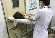 Ái Châu bị tai nạn xe hơi chảy máu đầu
