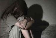 Chồng bệnh hoạn cưỡng hiếp cả con đẻ và con riêng của vợ