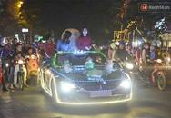 Xe BMW mui trần trang trí đèn rực rỡ lượn khắp phố Bà Triệu
