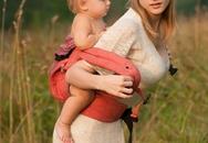 7 lỗi sai phổ biến của bố mẹ khi địu bé