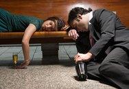 Hành khách say rượu đòi quan hệ với nữ tiếp viên hàng không