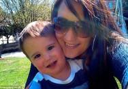 Mẹ mải lên facebook, con 2 tuổi chết đuối thương tâm