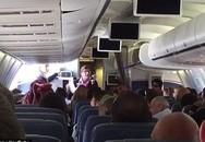 Hành khách lao vào cắn người rồi chết trên máy bay