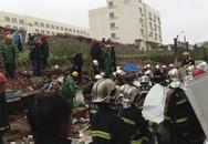 Đổ tường, 10 công nhân thiệt mạng