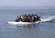 Hãi hùng thi thể của gần 100 người tị nạn dạt vào bờ biển